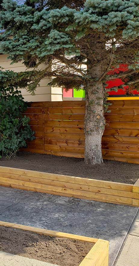 Raecor-Outdoor-Fence-1
